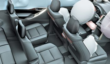 Toyota Innova Venturer lleno