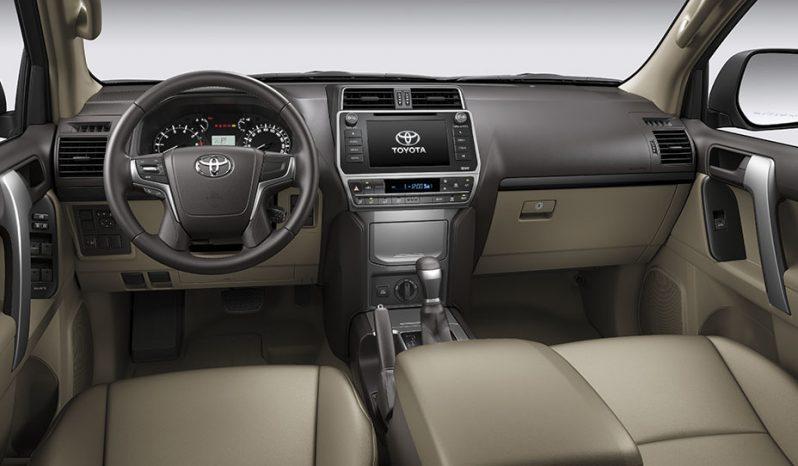 Toyota Prado lleno
