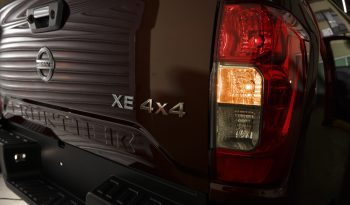 Nissan Frontier XE AT lleno
