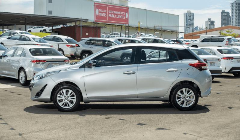 Certificado Toyota Yaris Hatchback 2020 | EB0097 lleno